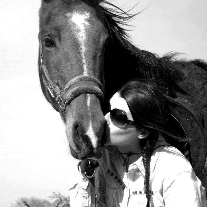 Lucie Vela – Asst. Ride